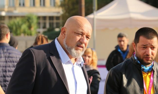 Красен Кралев: С тревога следя случващото се в ЦСКА