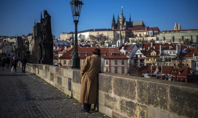 Леглата в Чехия за тежко ковид болни почти запълнени
