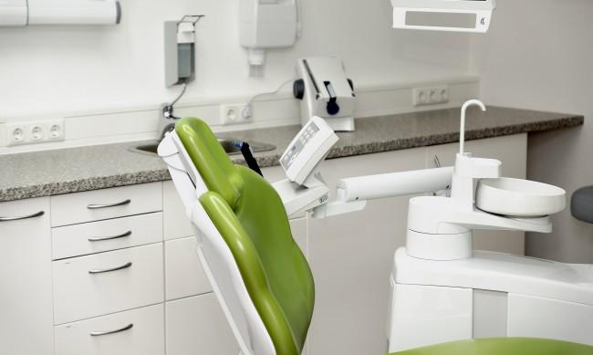 БЗС: Омерзени сме от случая със зъболекаря измамник