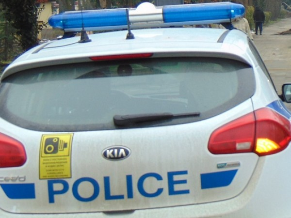 Въоръжен грабеж е бил извършен в центъра на София.Двама мъже