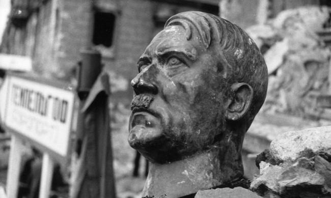 """От """"Бележки за Хитлер"""" до """"Луната"""": Документалният конкурс на СФФ"""