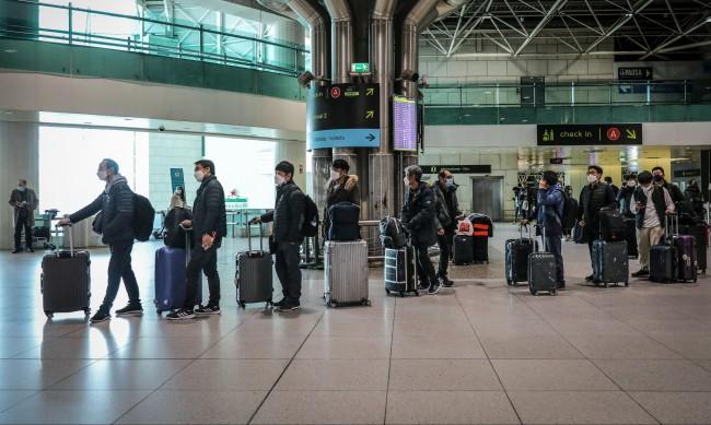 Трябва ли да се срамуват хората, които пътуват по време на пандемия?