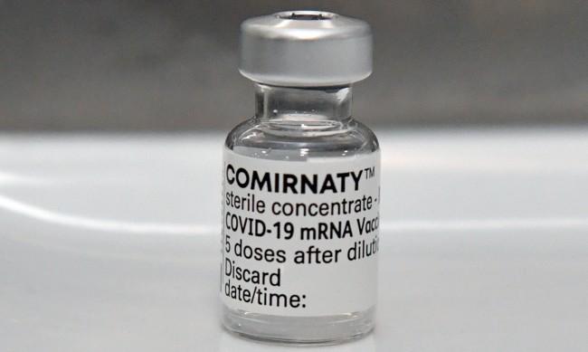 Само една доза от ваксината ни спасява от постъпване в болница