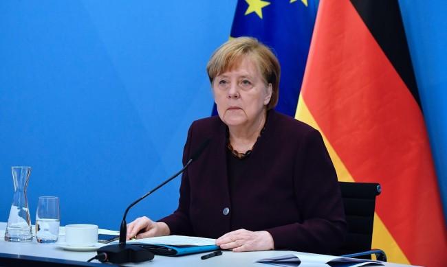 Меркел с оценка: Германия е в трета вълна на пандемията