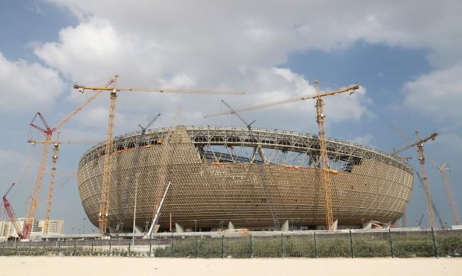 Мрачна тайна: 6500 жертви на подготовката за Световното по футбол в Катар?