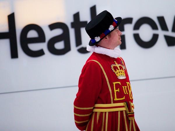 """Британското летище """"Хийтроу"""" отчете годишна загуба от 2 млрд. паунда"""