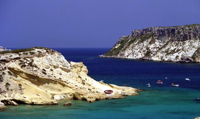 Късчета от рая: Островите на Италия, до които COVID-19 не достигна
