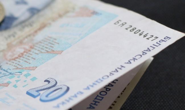 Удължават програмата за безлихвени кредити