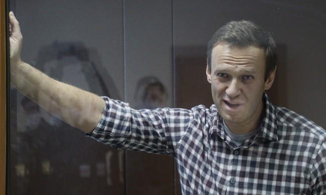 Навални е преместен в нов затвор, близките му не знаят къде