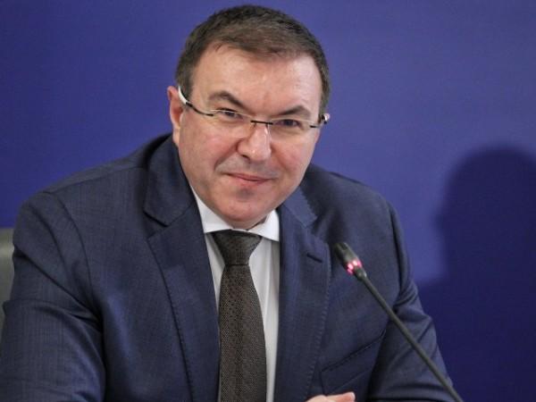 Здравният министър Костадин Ангелов назначи проверки в ЦСМП Благоевград и