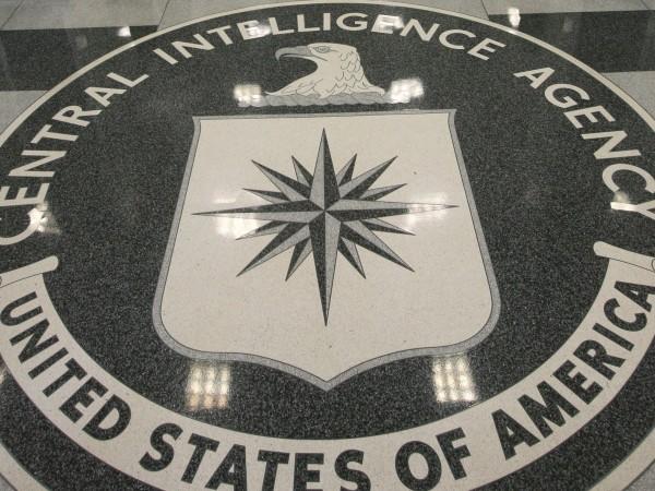 Марк Полимеропулос е бивш агент на ЦРУ, който става жертва
