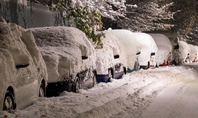 Как се отразява атмосферното налягане върху колата ни?