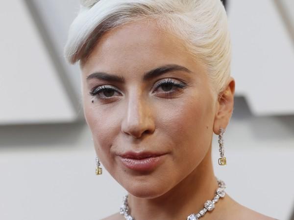 Двата откраднати френски булдога на Лейди Гага, отвлечени при въоръжен