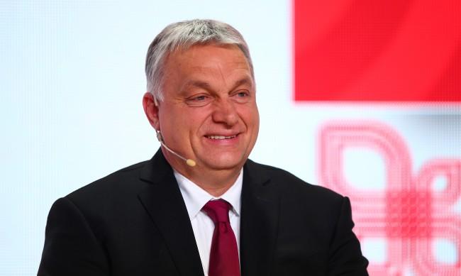 Виктор Орбан се имунизира с китайската ваксина Sinopharm