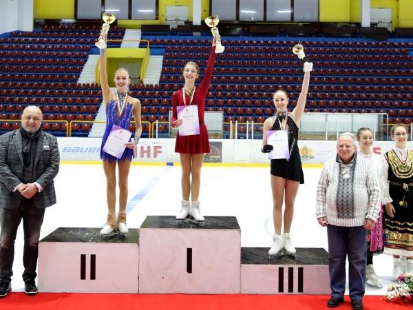 Министърът на младежта и спорта Красен Кралев награди призьорите в