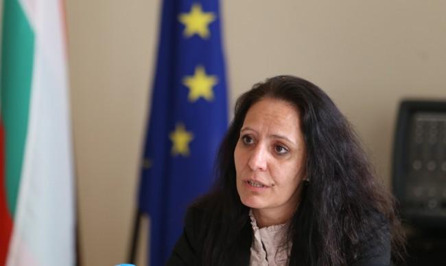 """КПКОНПИ ще проверява кметицата на """"Красно село"""""""