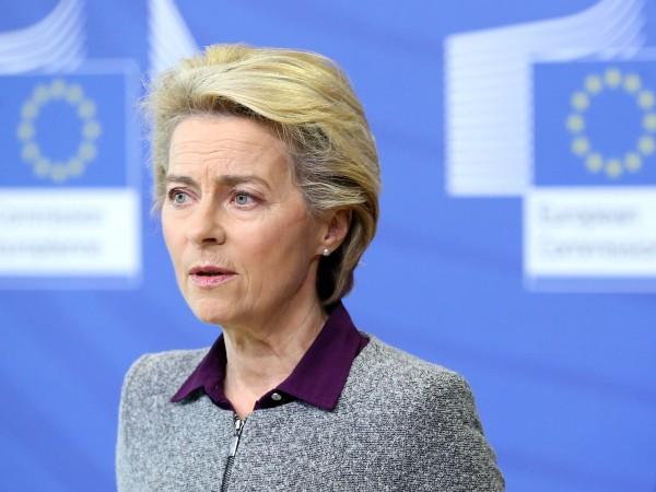 Европейската комисия ще предложи този месец цифров документ, който -