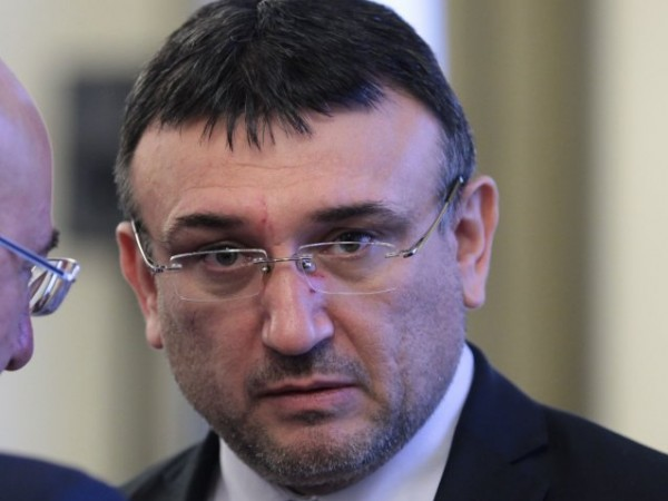 Бившият министър на вътрешните работи Младен Маринов се завръща в