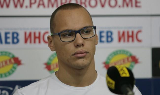 Антъни Иванов: Ще плувам за България, но на лагер - не