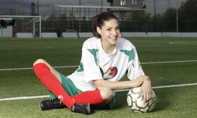 Мис България 2011 Ваня Пенева стана майка