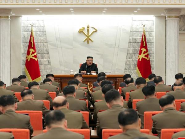 Нови сателитни изображения, получени от CNN, разкриват, че Северна Корея