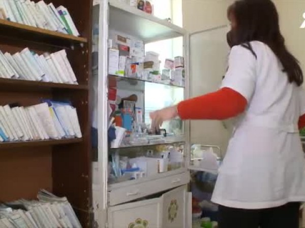 Ваксините в свободните коридори за ваксиниране в столичните болници свършиха.