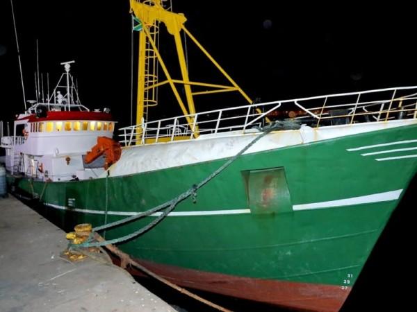 Четирима български моряци са арестувани с кокаин за близо 40