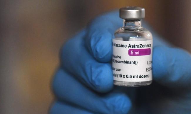Какво стои зад цифрите за ефикасност на ваксините и прави ли ги по-добри?