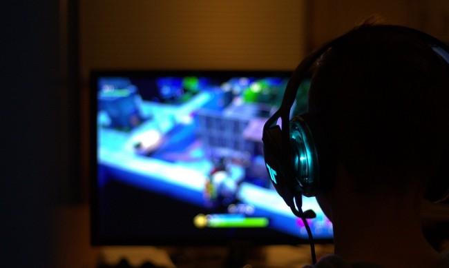 Внимание! Педофили търсят деца в хитови онлайн игри