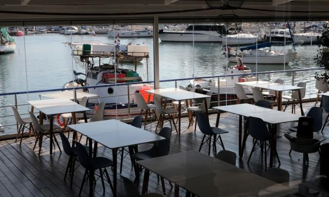 Хотелиери и ресторантьори в Гърция настояват за подкрепа