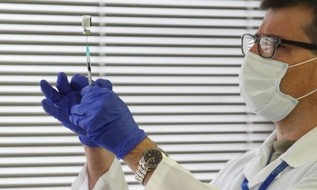 Как ще се промени животът за отказващите ваксина срещу COVID-19?