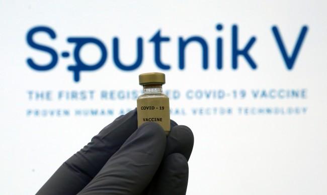 Ще внесем ли руската ваксина? Първо ще питаме ЕК