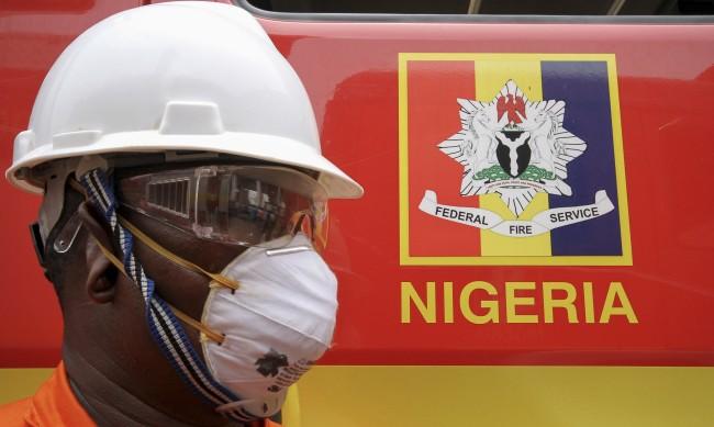 Нигерийският щам: 10 пъти по-заразен дори за преминалите COVID-19