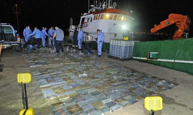 БГ моряците, задържани с дрога за $40 млн., пред съда