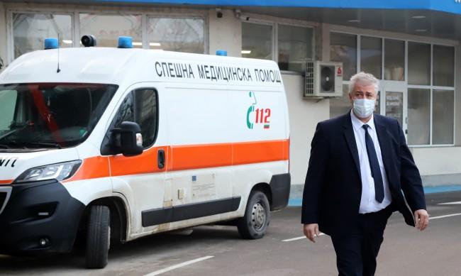 Болниците - в трескава подготовка за прием на пациенти с коронавирус