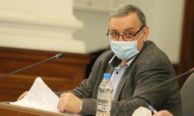 Проф. Кантарджиев: Британският щам - виновен за многото заразени