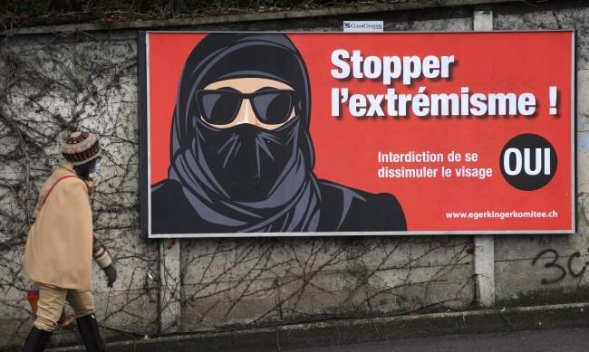 Швейцария гласува за забрана на бурки на обществени места