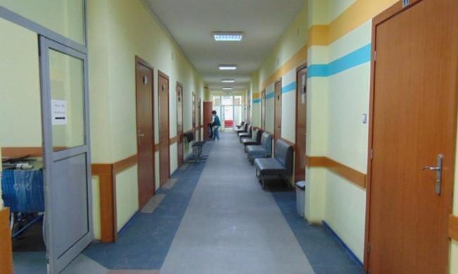 Спират плановият прием в болниците в София и Варна