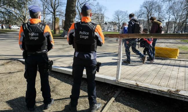 Белгия отваря ресторантите и кафенетата през май