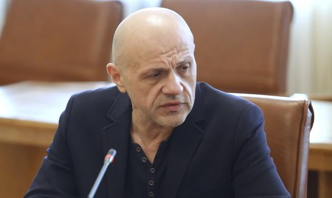 Дончев отчете: За четири години средната заплата нагоре с 50%