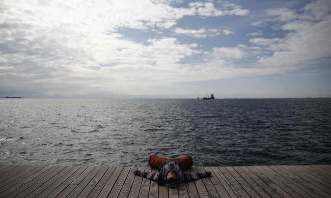 Гърция се надява да започне постепенното отваряне на туристическия сектор
