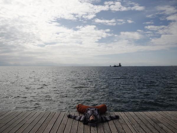 Гърция планира да отмени ограниченията заради коронавируса в търговията на