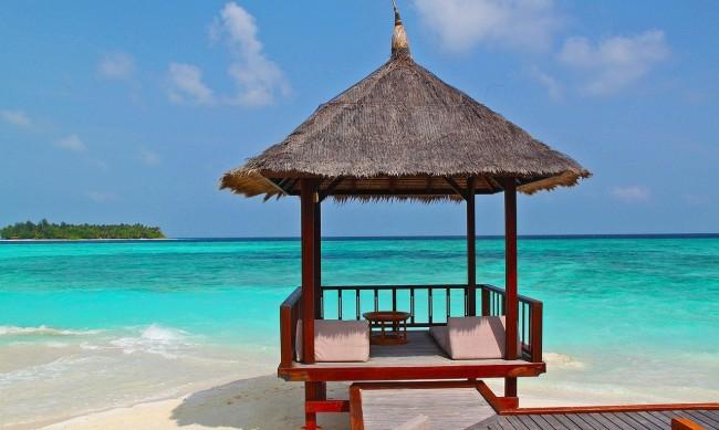 1/3 от туристическите дестинации са напълно затворени