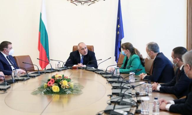 Борисов: Продължи ли така, затягаме мерките, колкото и да страда икономиката