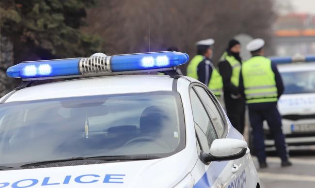Полицията хвана шофьорки с дрога на 8 март