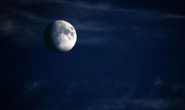 Китай и Русия ще строят лунна космическа станция
