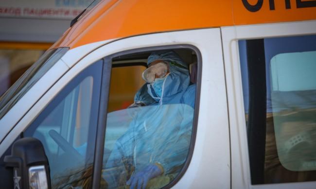 Мъже на 29 и 30 г. без болести са сред починалите от вируса