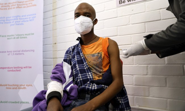 9% спад на заразените с COVID-19 в Африка
