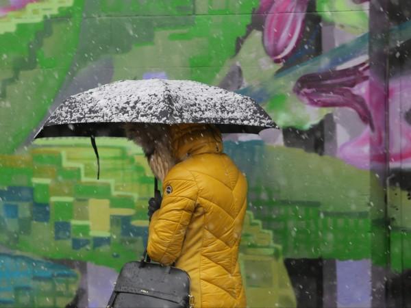 Жълт код за обилни валежи в е в сила за