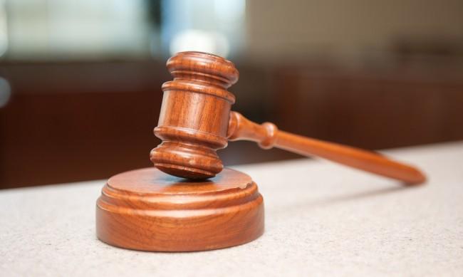 Клошар отива в затвора за блудство с 11-годишно момиче